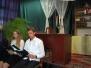 Członkowie Koła Teatralnego czytają polskie nowele